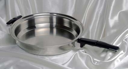 large skillet waterless cookware image